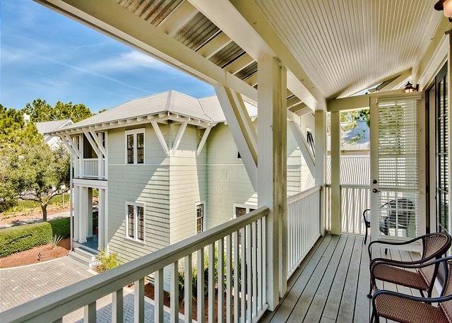 Paradise to Me Carriage House #65